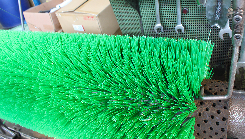 Road and Street Sweeping - We stock, manufacture and design most versions of roading brooms and brushes
